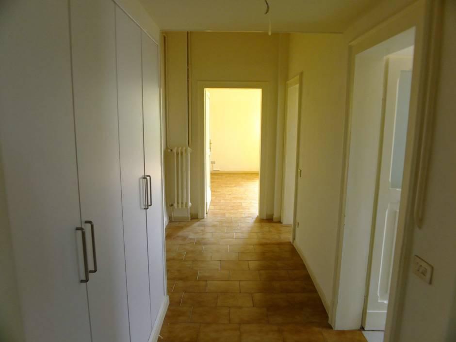 Affitto Appartamento Pesaro Zona Mare Vq18 Adriamar
