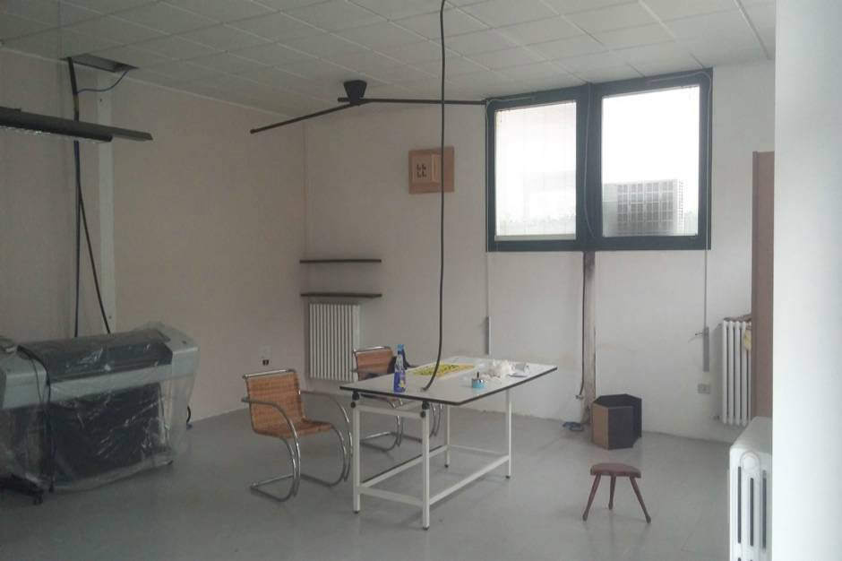 Vendesi affittasi ufficio pesaro zona pantano bassa for Vendesi ufficio roma
